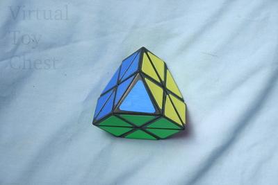 Meffert's Tetraminx puzzle solved